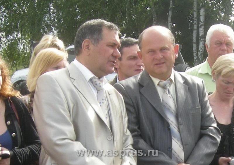 Директор ВСТИСП Куликов И.М. и председатель Ассоциации садоводов Муханин И.В.