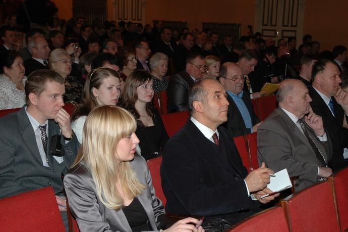 """Профессор Эберхард Макош ( Польша, ОБЩЕСТВО КАРЛИКОВЫХ САДОВ (""""SOCIETY FOR PROMOTION OF DWARF FRUIT ORCHARDS"""") на конференции в г. Мичуринске"""