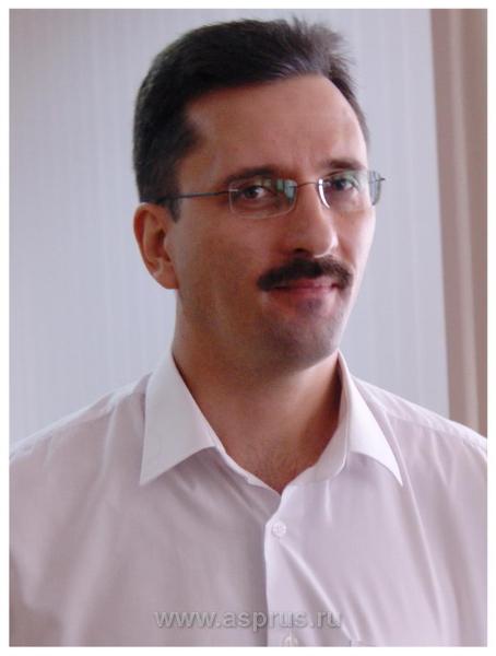 Крицкий Евгений Иванович, заместитель руководителя управления по виноградарству, винодельческой промышленности и садоводству Краснодарского края