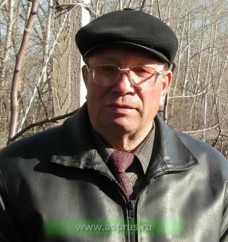 Жихарев Виктор Васильевич, генеральный директор  ОАО Плодопитомник «Жердевский»