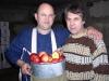 Плодовые сумки демонстрируют Муханин И.В. и Городов В.И.