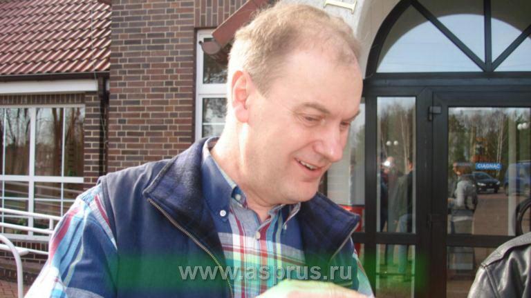Ведущий специалист по технологии ягодных культур Януш Гульден. Польша