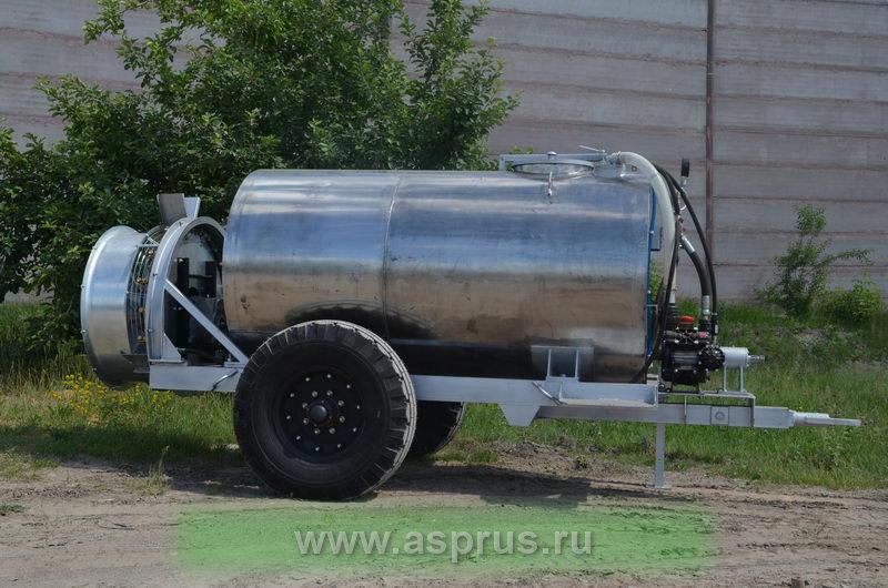 Опрыскиватель ОВС-2000